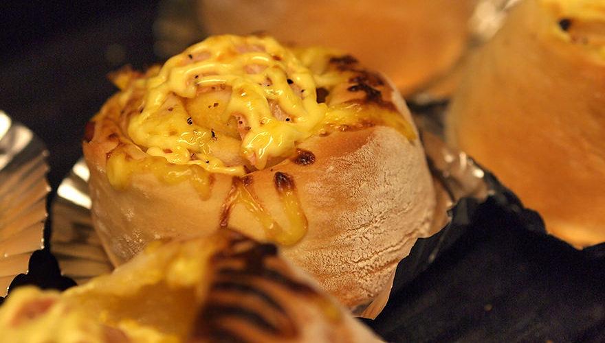 少量レシピで焼き上がったパン
