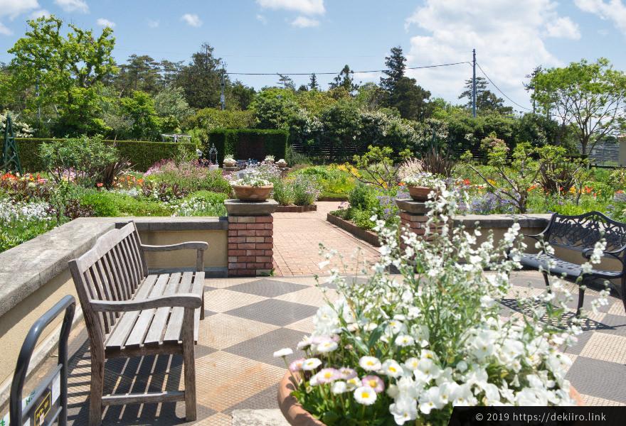 アリスの庭 シーズンガーデンの5月の様子