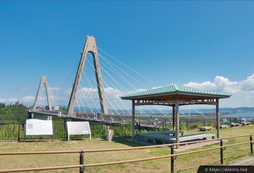 道の駅「内灘サンセットパーク」から見る内灘大橋