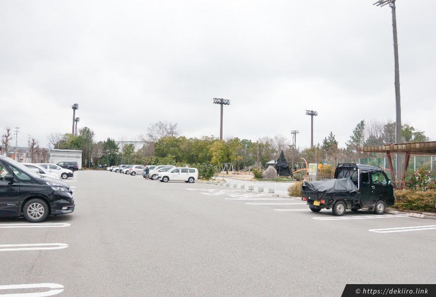 野々市中央公園の駐車場